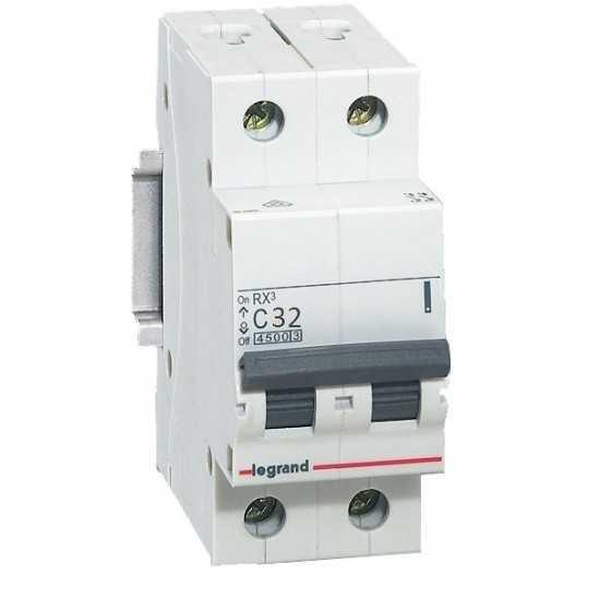 Disjunctor 419700 2P/C/32A/4.5KA